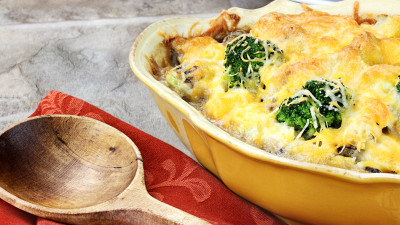 Cheesy Mushroom and Broccoli Casserole