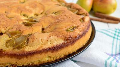 Anjou pear cake