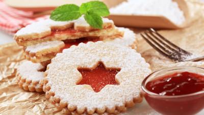 Delicate Christmas cookies