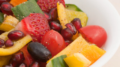 Fruity-veggie mixed english salad