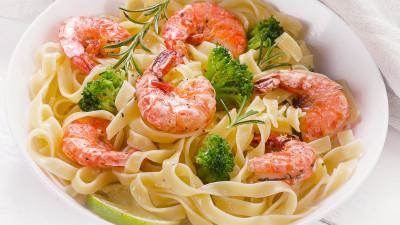 Shrimp and Broccoli Fettuccine