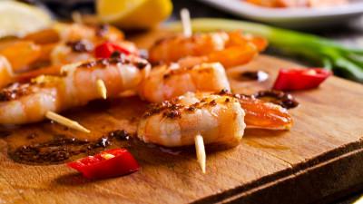 Grilled Pesto Shrimp Skewers