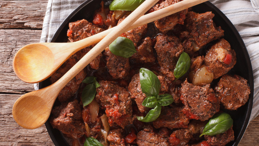 Greek beef stew with leaks
