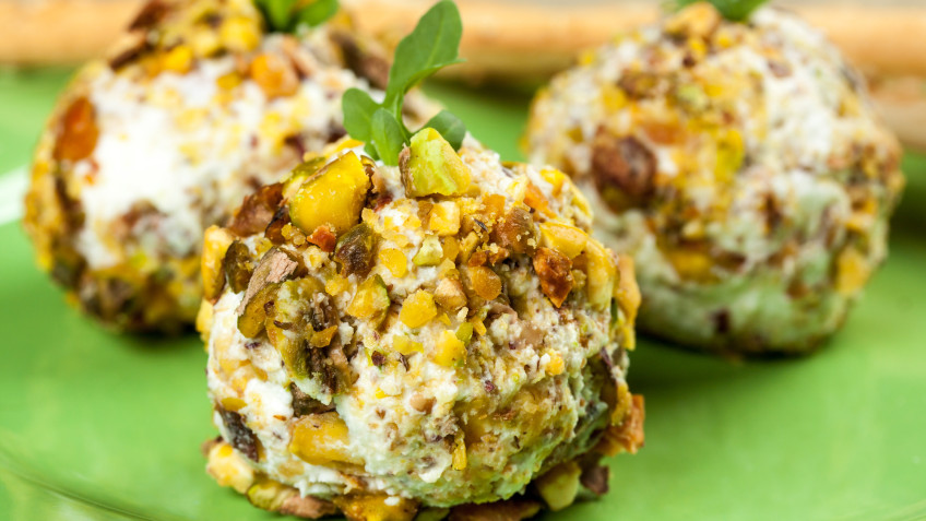 Date, Walnut and Blue Cheese Ball