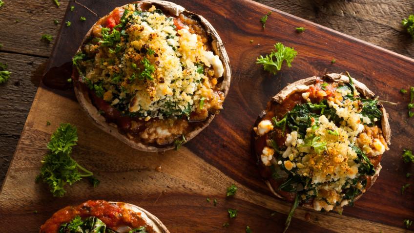 Mushroom Stuffed with Spinach, Breadcrumbs, Garlic and Herbs